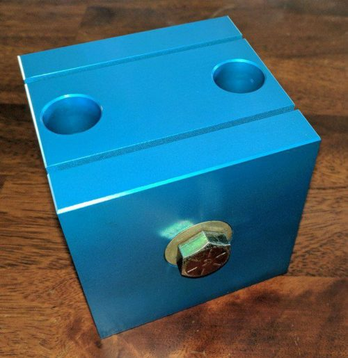 Vise Cube 002